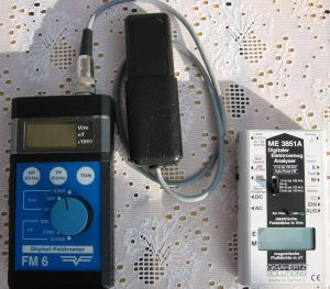Messgeräte zur Messung niederfrequenter elektrischer und magnetischer Wechselfelder