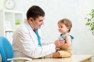 KInd beim Arzt © Oksana Kuzmina - Fotolia.com